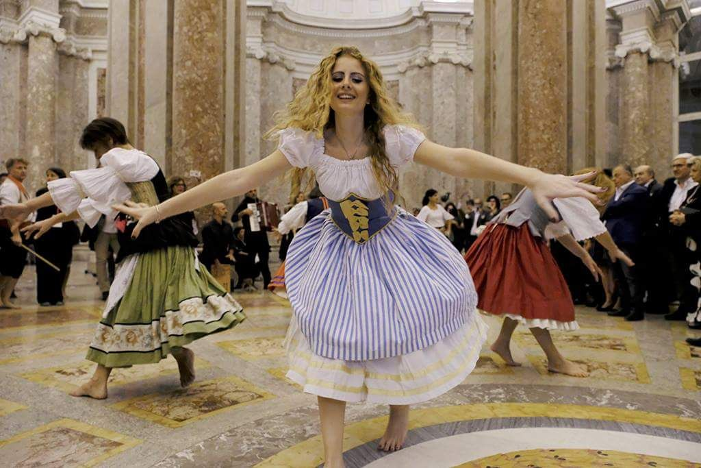 Naples Tour: Dance and Harmonization of the Working Group